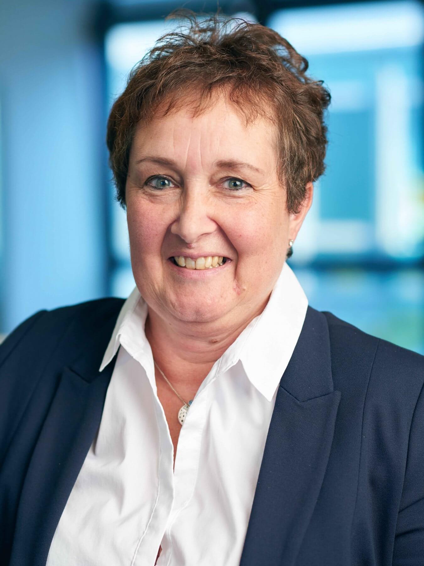 Jutta Eva Schröder   VITAL Zahnärzte Karlsruhe